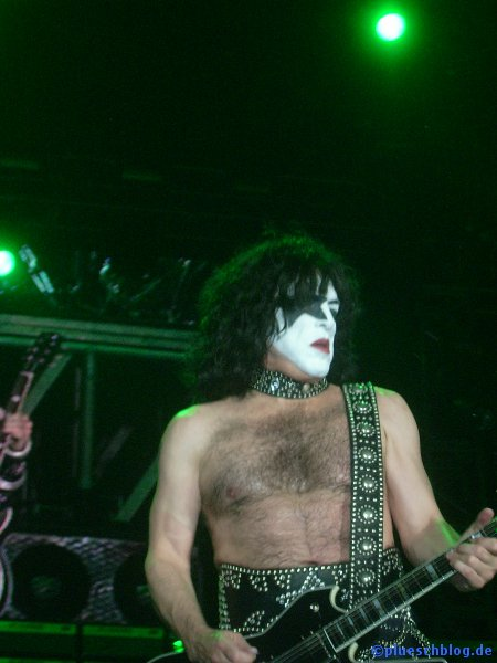 KISS 2008 38