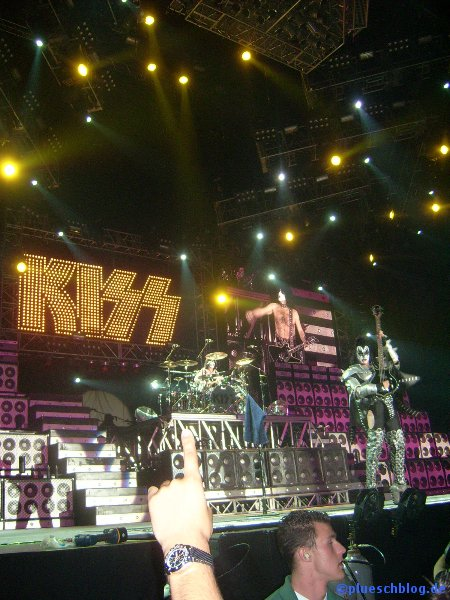 KISS 2008 60