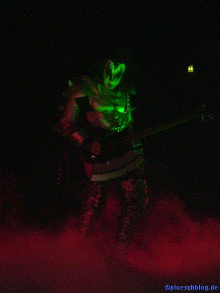 KISS 2008 81